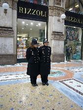 ミラノの婦警さん.jpg